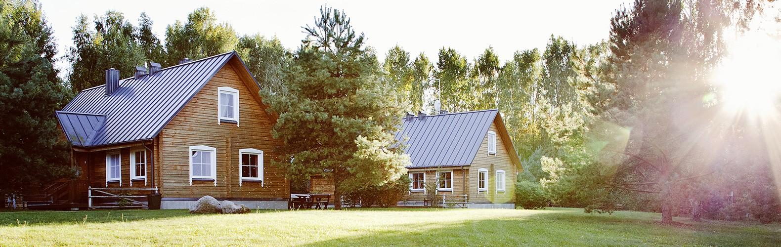 Didžiojo rąstinio namo išorė | Kernavės bajorynė